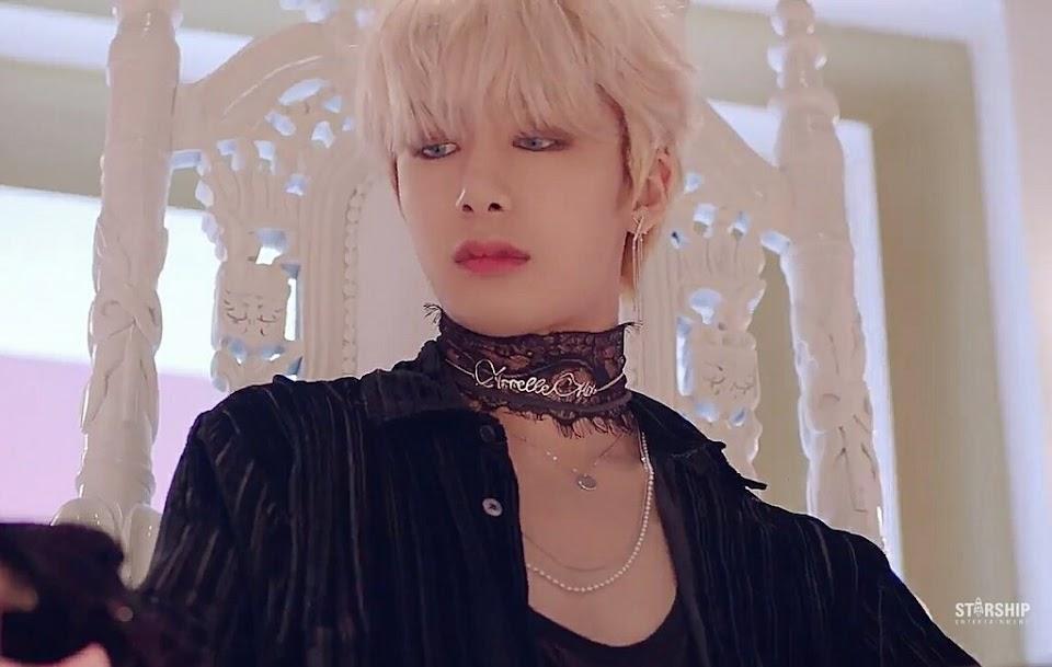 hyungwon choker 3