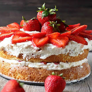 Strawberry Cake With Condensed Milk In It Recipes.
