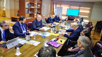 Reunión de los inspectores con el presidente del Puerto.