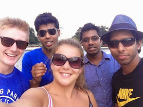 Photo: Selfie infront of Washington DC`s Capital. Shannon Bradshaw, Ross McClung, Kanishka Piumal, Kavinga Niroshan, & Kusal Feelixge