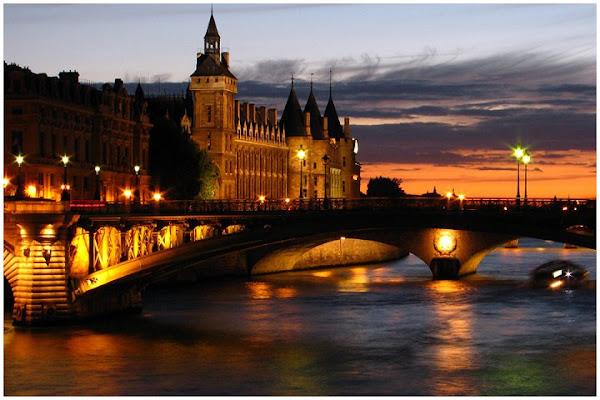 Bridge in Paris di photographart
