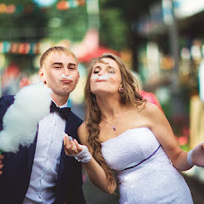 Wedding photographer Rinat Yamaev (izhairguns). Photo of 20.07.2014