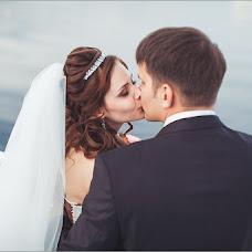 Wedding photographer Maksim Batalov (batalovfoto). Photo of 11.12.2013