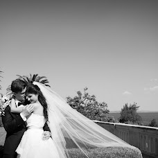 Wedding photographer Artem Kharmyshev (ArtStudioPhoto). Photo of 25.06.2013