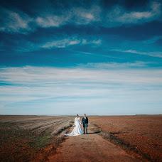Wedding photographer Dani Mantis (danimantis). Photo of 09.12.2018