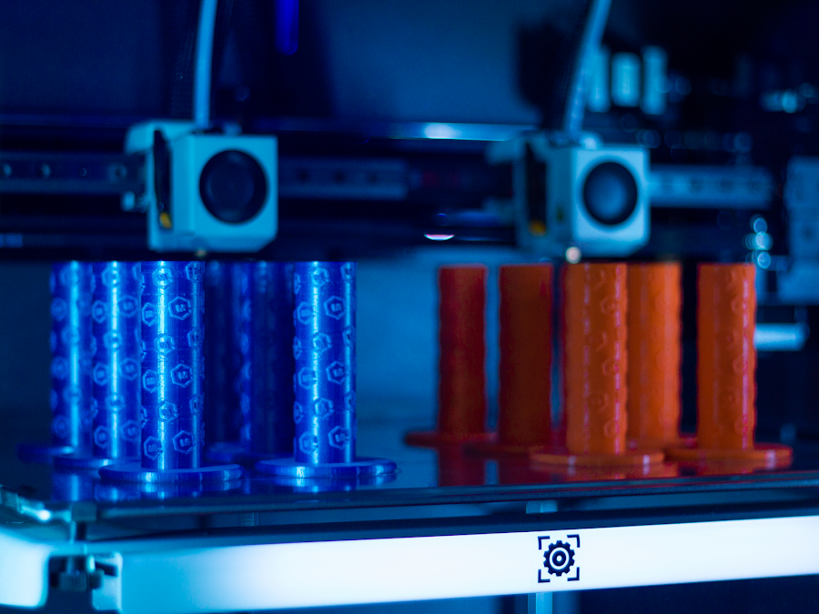 A full array of custom grips takes half the time as a normal 3D printer thanks to both print heads working at the same time.