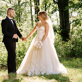 Green inlove by Klaudia Klu - Wedding Bride & Groom