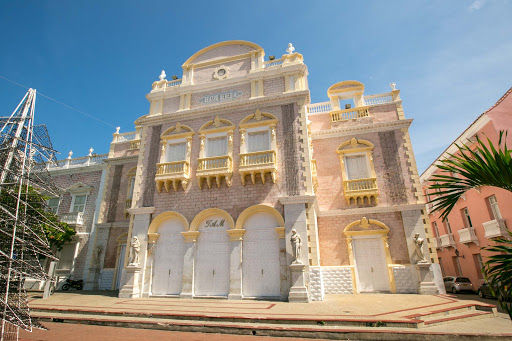 teatro-heredia.jpg - Heredia Theater, officially Teatro Adolfo Mejía, is a theater inside the walled area of Cartagena.