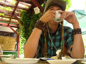 Photo: Koniec końców, okazało się, że sprytna Buba już trochę przesiaduje w Opolu i wyczekuje mnie zajadając naleśniki.