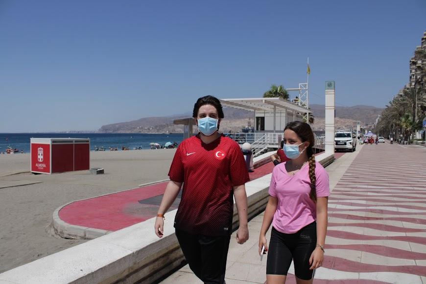 Uso obligatorio de mascarillas en la playa y en el Paseo Marítimo.