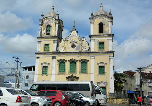 old-church.jpg - Church  at central square.