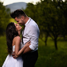 Wedding photographer Magdi Urbán (urbanmagdi). Photo of 11.02.2018
