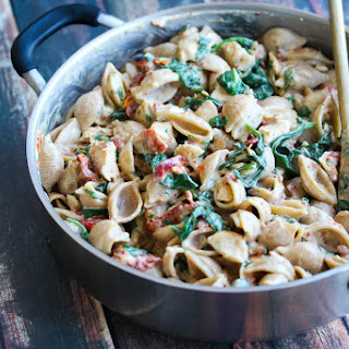 30 Minute Low Fat Chicken Florentine Pasta.