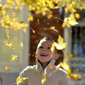 Fall is Falling by Rob & Zet Sample - Babies & Children Child Portraits