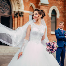 Wedding photographer Alina Lomovceva (Allen). Photo of 27.08.2017