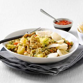 Nasi bieslook-ananas & Kroepoek Bali