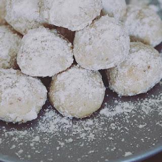 Three Nut Mexican Wedding Cookies Recipe
