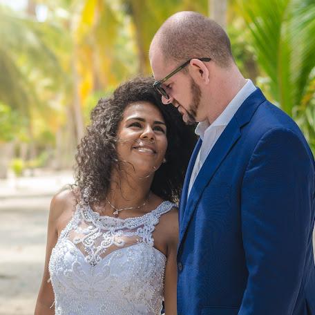 Fotógrafo de bodas Axel Acosta (axelfotografiav). Foto del 15.02.2018