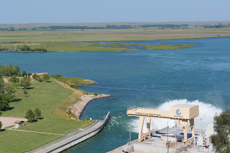 Photo: On the east side of the dam is Lake Ogallala (seen here) and on the south side is the Kingsley Hydroelectric Plant, which we will visit shortly.