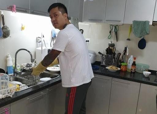 Nguyen tac don gian danh cho cac ong bo khi nuoi day con gai - hinh 1
