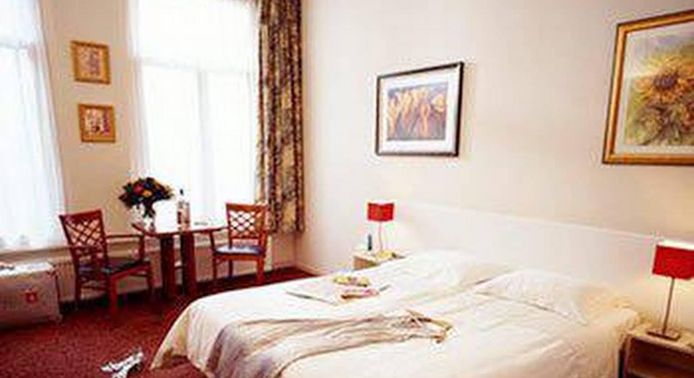 Asterisk Hotels
