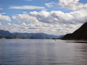 Photo: Entering Hogsfjorden