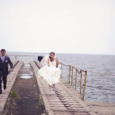Wedding photographer Yuliya Mitrofanova (ameli2332). Photo of 23.04.2013