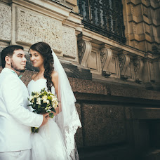 Wedding photographer Yuliya Khaliullina (JULIX). Photo of 18.12.2014