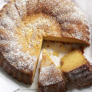 Honey And Vanilla Cake