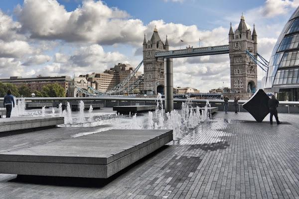 Londra  piccole fontane di andysen