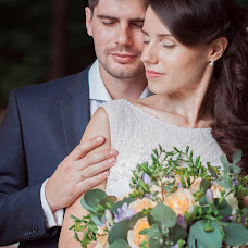 Wedding photographer Alena Kornyushkina (Kornyus864). Photo of 22.09.2014