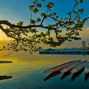 Manila Bay by Rob Reyes - Landscapes Travel