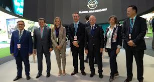 Cajamar ha dispuesto en el Pabellón 6 del recinto del IFEMA un espectacular stand en el que se están desarrollando los debates del Foro Futuro.