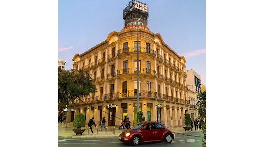 La Casa de las Mariposas, en la Puerta de Purchena de Almería.