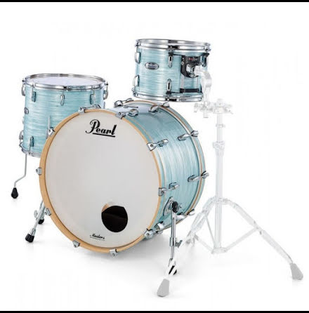 Pearl Masters Maple Complete - MCT923XSP/C414 - Ice Blue Oyster