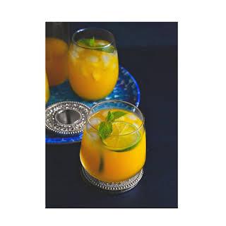 Iced Mango Mint Turmeric Green Tea.
