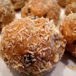 Peanut Butter Crunch Snack Balls