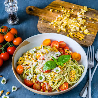 Zucchini Noodles Pasta Recipe with Pesto and Grilled Corn.