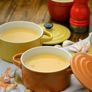 Garlicky Lentil and Tomato Soup