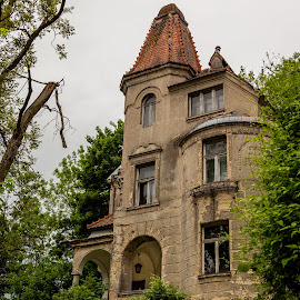 by Thomas Berwein - Buildings & Architecture Decaying & Abandoned