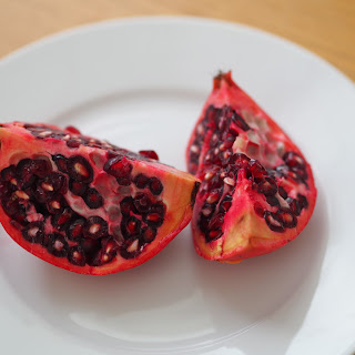 Winter Salad – With Sweet Potato, Avocado & Pomegranate