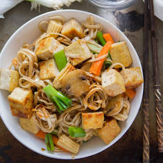 Vegan Vegetable Lo Mein with Tofu.