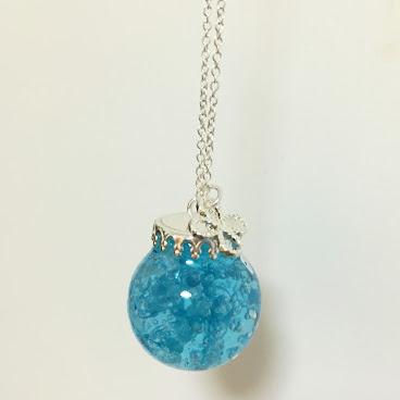 藍色滿天星啫哩玻璃球長頸鏈
