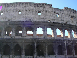 "Photo: ""Oh, you should see the colosseum, Spaniant"""