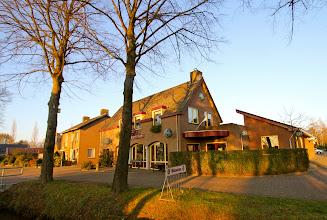 Photo: Cafe 't Vaartje Dongen. Serie Op Cafe. Tekst en foto Leon Krijnen