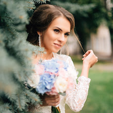 Wedding photographer Anastasiya Rubanova (asyarubanova). Photo of 09.01.2017