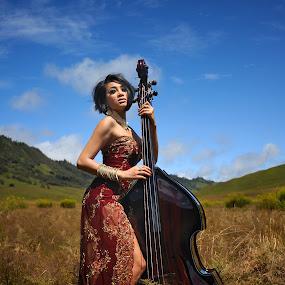 Melodies from Mountain by Bob Shahrul - People Fashion ( tahniah bob, membahana memang racun kekekeke )