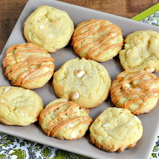 White Chocolate Pudding Cookies with Butterscotch Drizzle #SweetenTheSeason