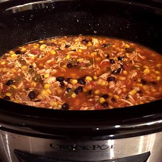 Easy Mexican Chicken Tortilla Soup Crock-Pot 5-Ingredient.
