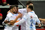 ? Echte (club)liefde is... Fans van KAA Gent excuseren zich nu al bij hun wederhelft
